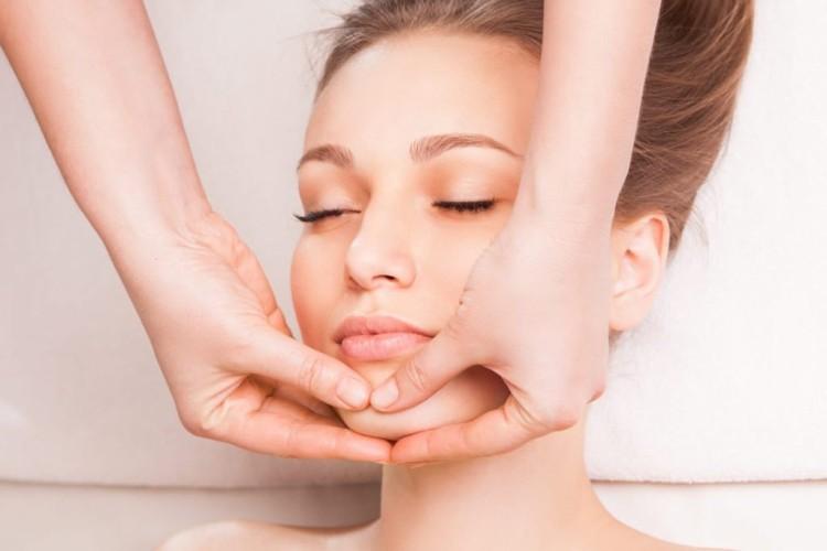 miofascialnyj-massazh-lica