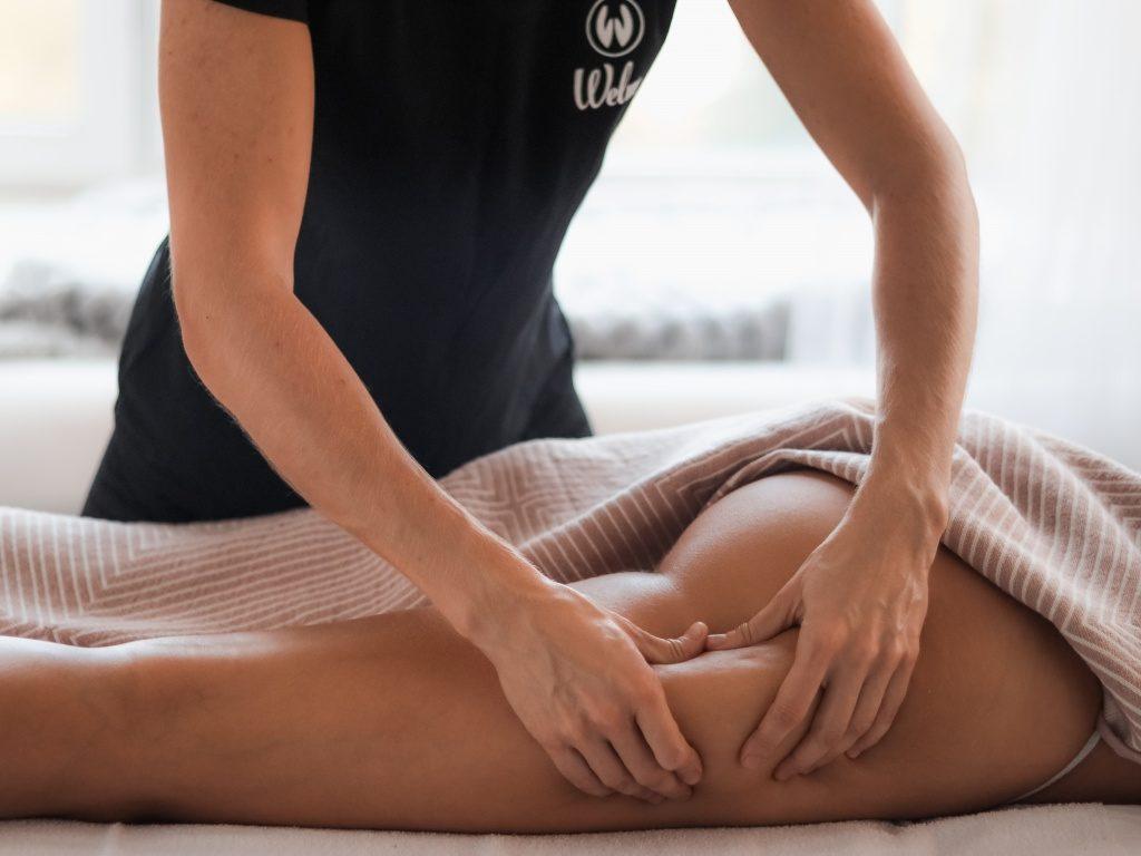 anticellyulitnyj-massazh-zakazat